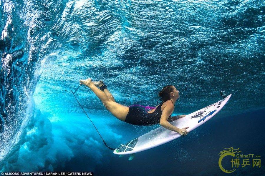 冲浪美女带你去看海底世界 东港乒乓联盟